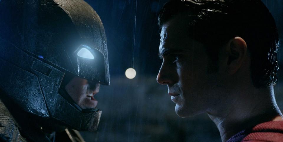 batman-v-superman-goldworld-civil-war