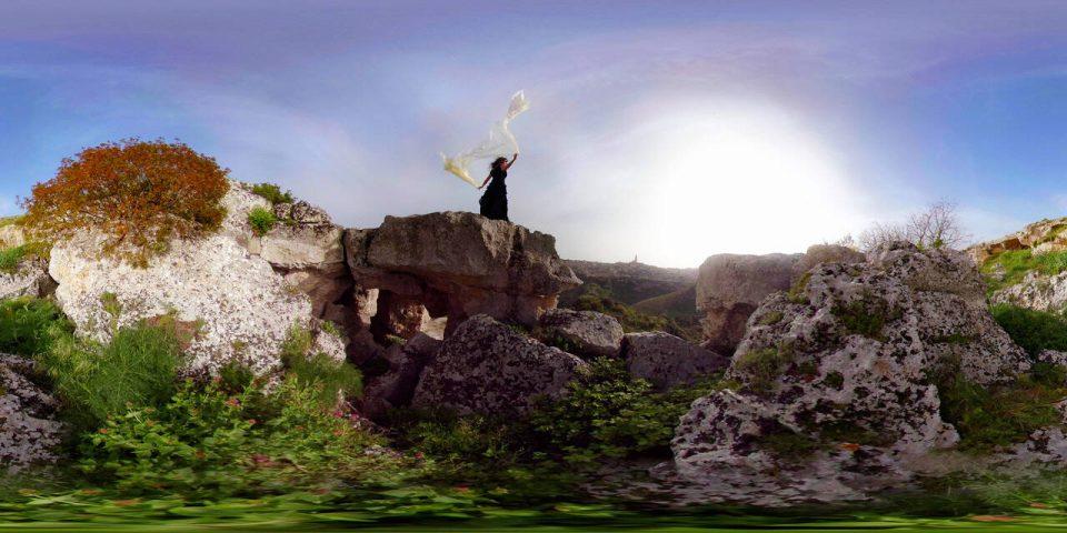 MaTerre-VR-Experience_goldworld_filmVR_goldVR donna
