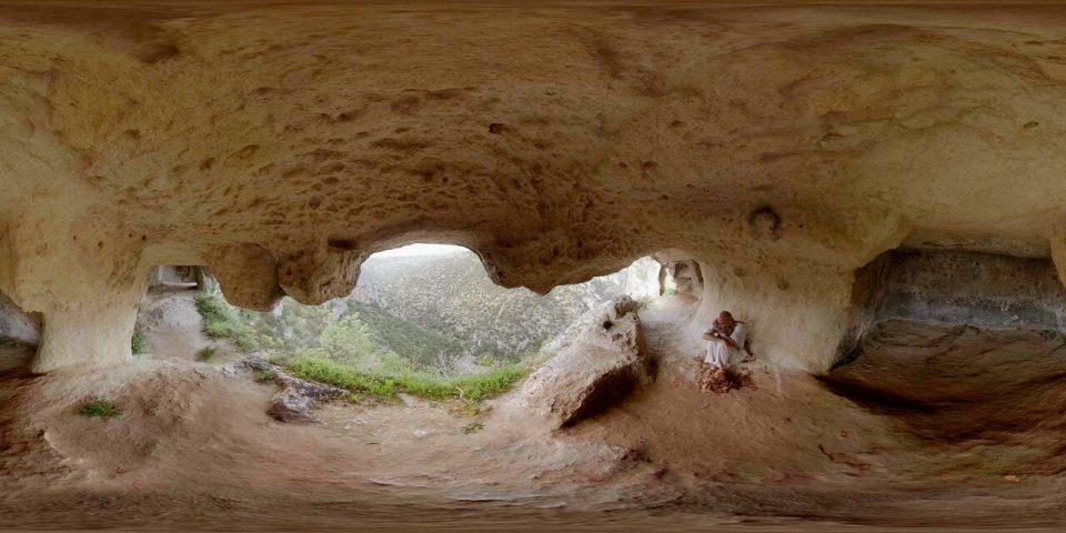 MaTerre-VR-Experience_goldworld_filmVR_goldVR_uomo-in-grotta