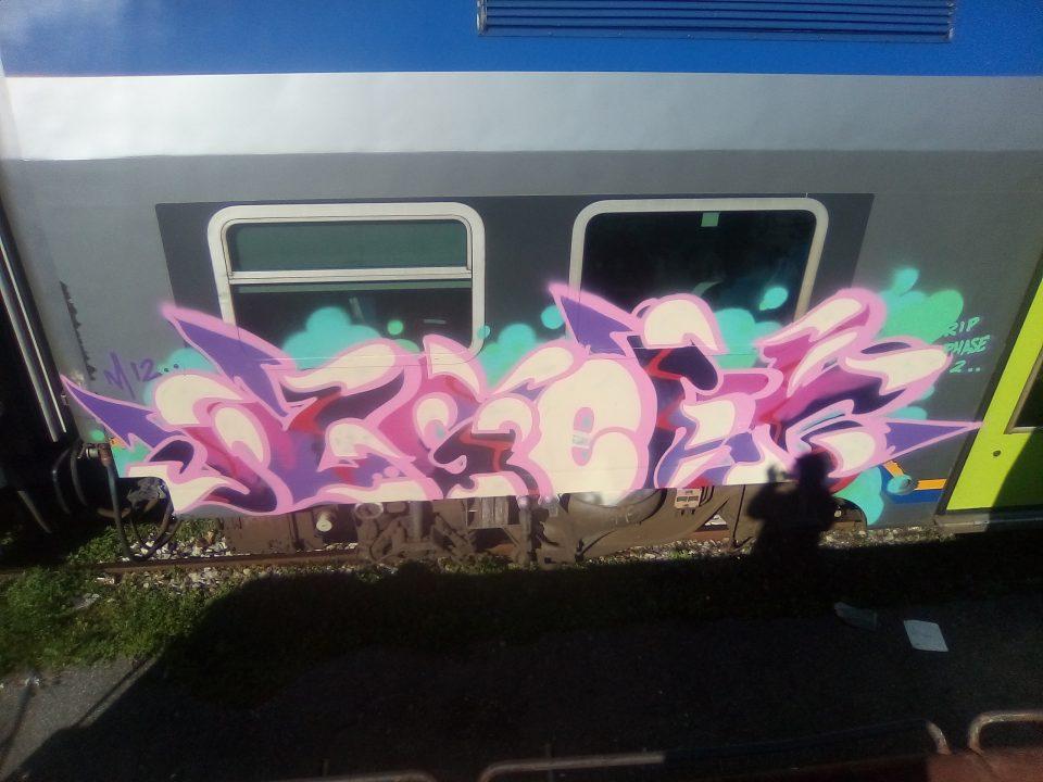 Agent-Graffiti-goldworld-10