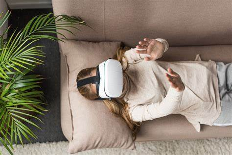 vr-therapy-goldworld