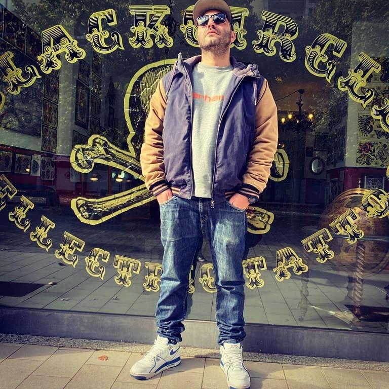 Charlie_Dakilo-goldworld