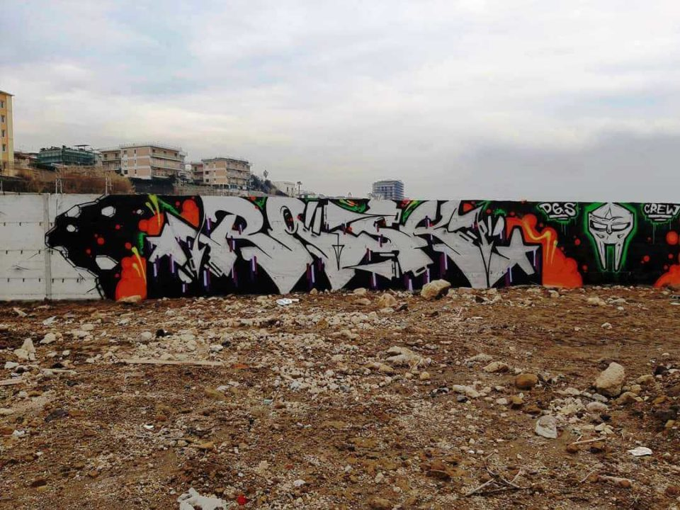 Spray_Wars-Rask-DGS-graffiti-12-goldworld