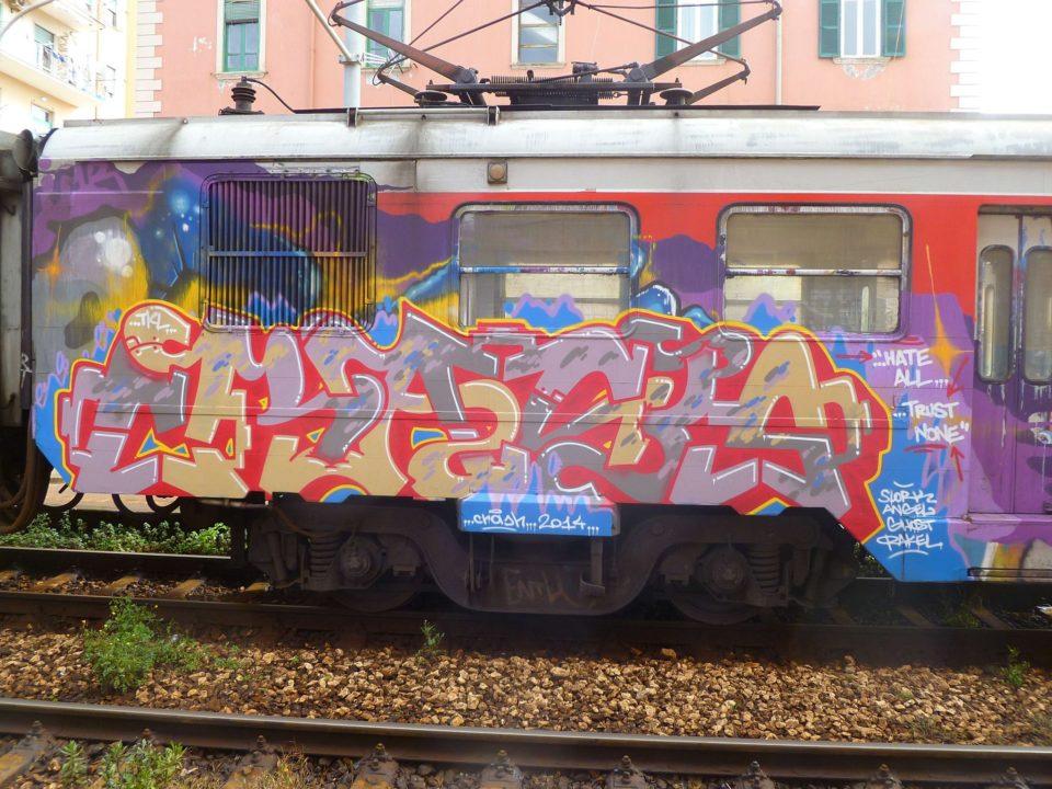 Spray_Wars-Graffiti-Crash-goldworld-1